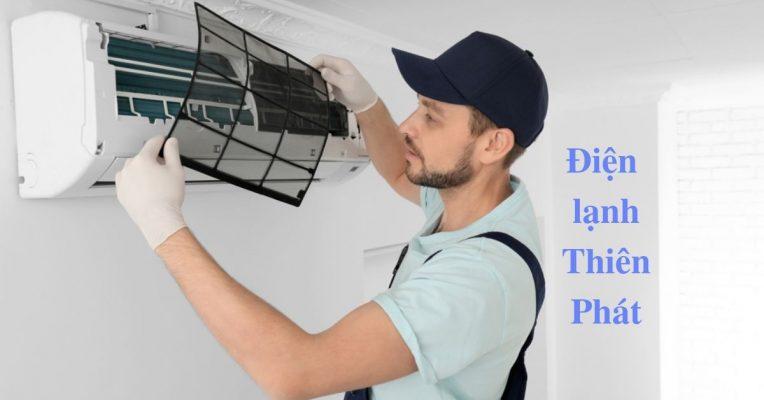 Vệ sinh máy lạnh Daikin đúng cách