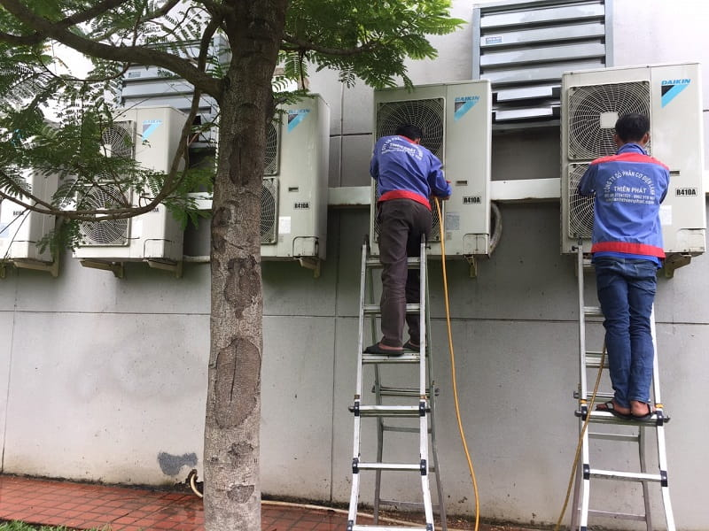 Bảo trì hệ thống điều hòa tại nhà máy nước Thủ Đức